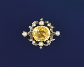 A late 19th century topaz, dia