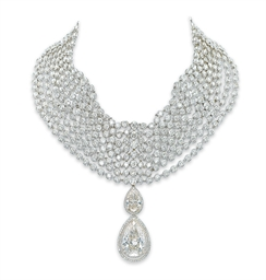 AN IMPRESSIVE DIAMOND CHOKER,