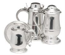 A GEORGE II SILVER TANKARD, A GEORGE III WINE COASTER, AND TWO SILVER-PLATED TANKARDS WITH HINGED COVERS,
