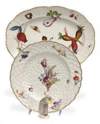TWO GERMAN PORCELAIN DESSERT P