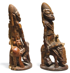 CAVALIER YOROUBA EN IVOIRE