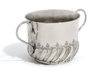 A WILLIAM AND MARY SILVER PORR