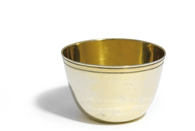 A FRENCH SILVER-GILT TUMBLER-C