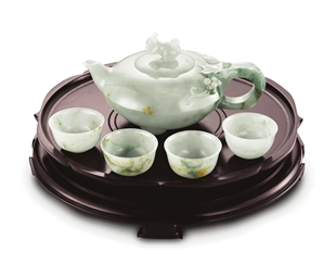A SET OF JADEITE TEAPOT AND TE