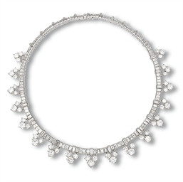 A DIAMOND NECKLACE, BY VAN CLE