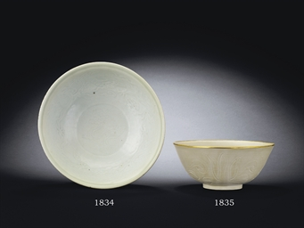 A CARVED DINGYAO 'LOTUS' BOWL