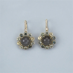 A PAIR OF MOONSTONE AND SAPPHI