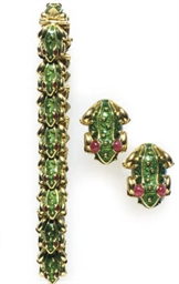 A SET OF ENAMEL, RUBY AND 18K