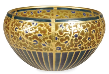 A FRENCH ENAMELED GLASS BOWL,