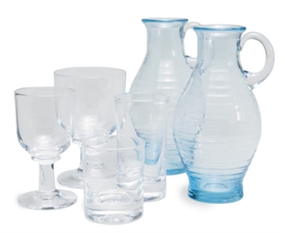 AN ASSEMBLED GROUP OF GLASS DR