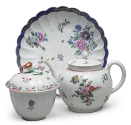 THREE ENGLISH PORCELAIN FLOWER