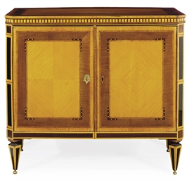 A DUTCH NEOCLASSICAL SATINWOOD
