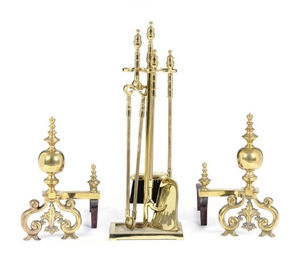 A PAIR OF BRASS ANDIRONS,