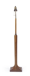 AN AMERICAN OAK FLOOR LAMP,