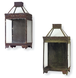A PAIR OF TOLE PEINTE LANTERNS