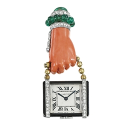 AN ART DECO PENDENT WATCH