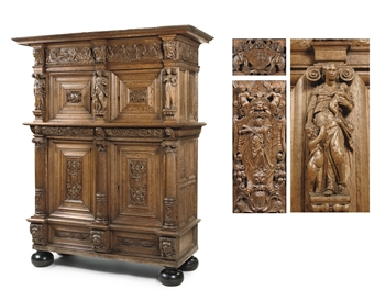 A DUTCH OAK CUPBOARD 'BEELDENKAST'