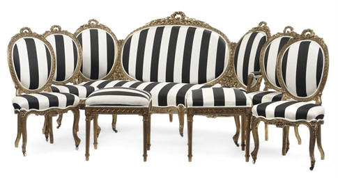 A FRENCH GILTWOOD SUITE OF SEA