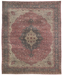 A fine Sivas carpet
