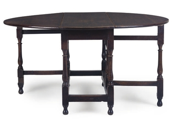 An Oak Gateleg table