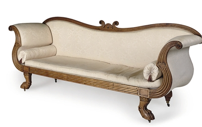 AN EARLY VICTORIAN WALNUT SOFA