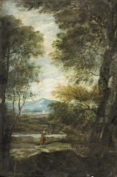 Femme dans un paysage boisé