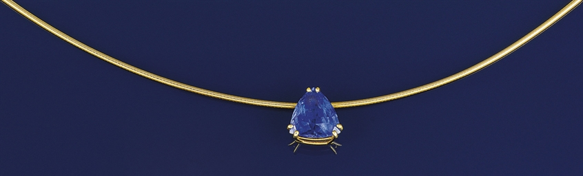 A tanzanite single stone penda