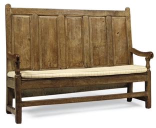 AN OAK SETTLE