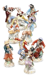 A GROUP OF GERMAN PORCELAIN FIGURES OF MONKEY MUSICIANS,