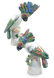 A PAIR OF GERMAN PORCELAIN COC