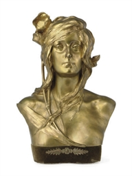 A GILT-BRONZE BUST OF OPHELIA,