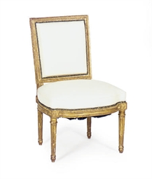 A FRENCH GILTWOOD SIDE CHAIR,