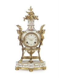 AN ORMOLU-MOUNTED PORCELAIN CL