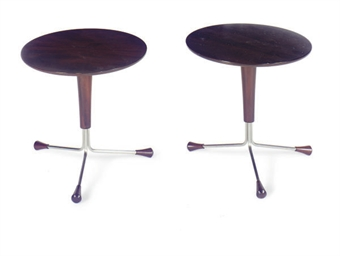 A PAIR OF CIRCULAR MAHOGANY AN