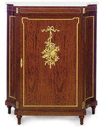 AN ORMOLU-MOUNTED MAHOGANY AND