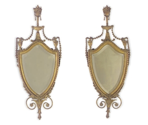 A PAIR OF GILTWOOD MIRRORS,