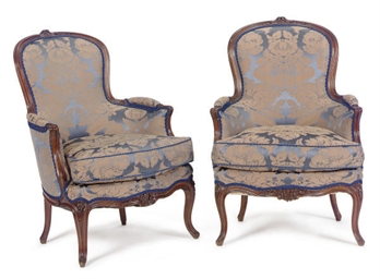A PAIR OF BEEHWOOD UPHOLSTERED