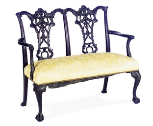 AN ENGLISH MAHOGANY SETTEE,