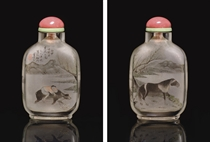 **AN INSIDE-PAINTED CRYSTAL SNUFF BOTTLE