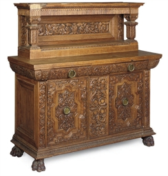 A NORTH EUROPEAN CARVED OAK BU