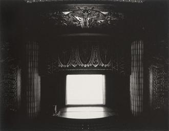 Theatres, Sonnabend Strundel,