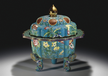 AN UNUSUAL LARGE CLOISONNE ENA