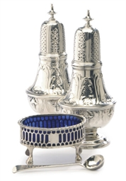 A GROUP OF ENGLISH SILVER SALT