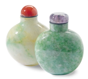 TWO CHINESE JADEITE SNUFF BOTT