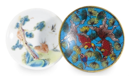 A CHINESE CLOISONNE ENAMEL SNU