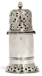A WILLIAM & MARY SILVER LIGHTH