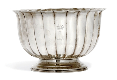 A WILLIAM IV IRISH SILVER BOWL
