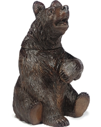 A BLACK-FOREST CARVED WOOD TOB