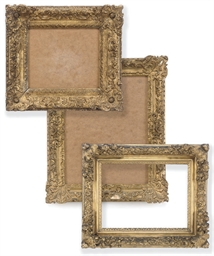 A FRENCH GILTWOOD PICTURE FRAM