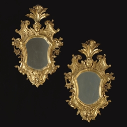 A PAIR OF ITALIAN GILTWOOD MIR